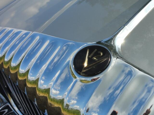 Daimler Double SIX .