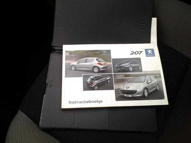Peugeot 207 1.4-16V X-line Zeer mooie sport tieve auto.