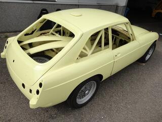 MG B GT 67