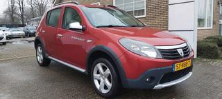 DACIA SANDERO 1.6 Step way