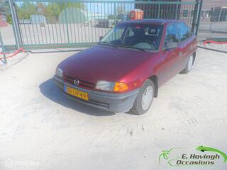 Opel ASTRA 1.8i GLS