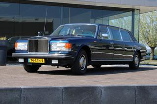 ROLLS-ROYCE SILVER SPUR - Limousine 36-inch stretch -