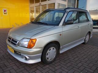Daihatsu Gran MOVE 1.5I-16V CUSTOM, C.V., TREKHAAK