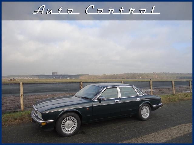 Daimler Double SIX 6.0 XJ40 1993