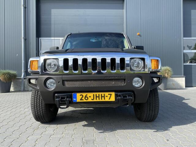 Hummer H3 3.5 Comfort 4x4 Airco Cruise Navigatie Lage KM stand