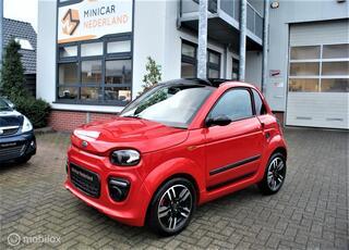 Microcar Dué 6 Plus Pack Design