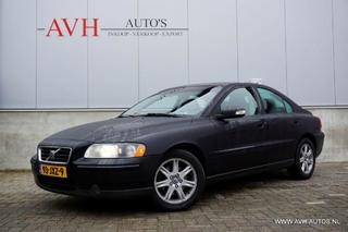 Volvo S60 2.4D, Leer + Clima