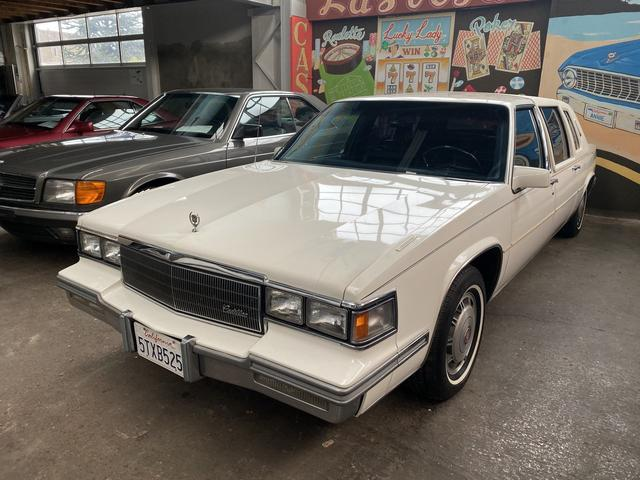 Cadillac Fleetwood Serie 75 Limo