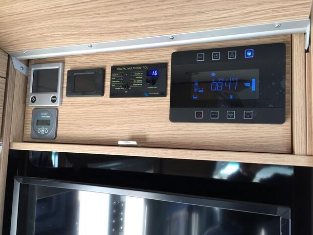Overige Niesmann+Bischoff Flair 880LE 210pk NEW
