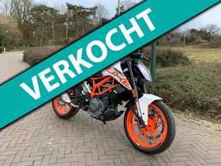 KTM Tour 390 Duke ABS