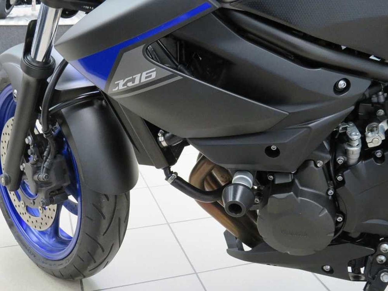 YAMAHA XJ6N 600CC Motorbike fz600 naked bike   in